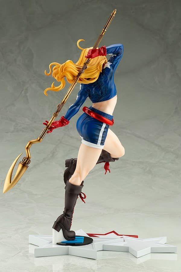 Stargirl Gets Her Own DC Comics Bishoujo Statue from Kotobukiya
