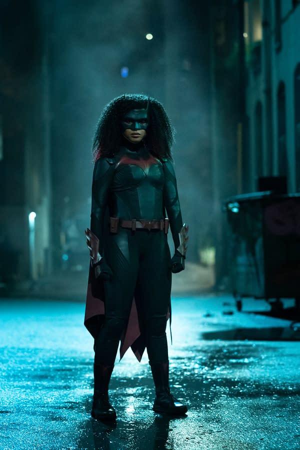Batwoman Season 2 Preview: Ryan Makes Changes; Victor Szasz Arrives