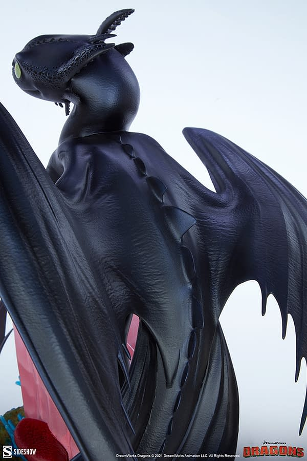 How to Train Your Dragon Toothless Comes to Life With Sideshow