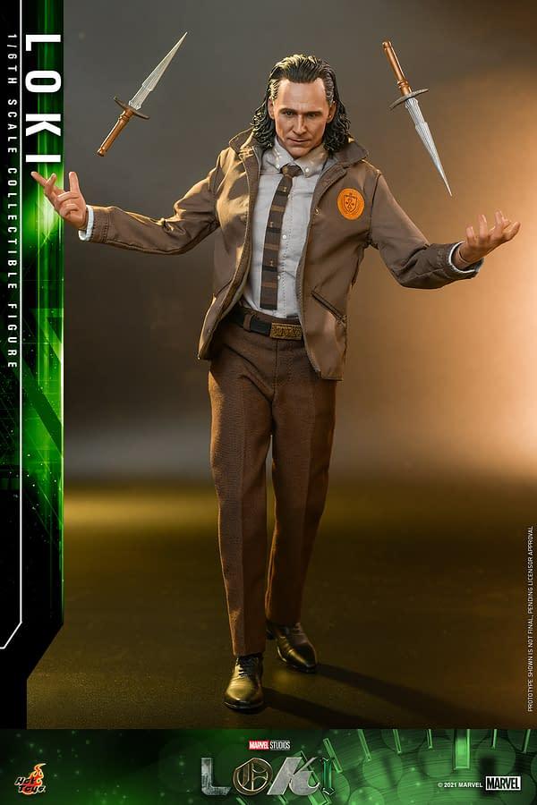 Hot Toys Reveals Marvel Studios Loki Variant 1/6th Scale Figure