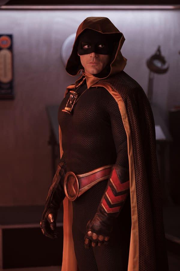 "DC's Stargirl S02 E09 Preview: Starman & Pat Talk ""Real Evil"" Eclipso"