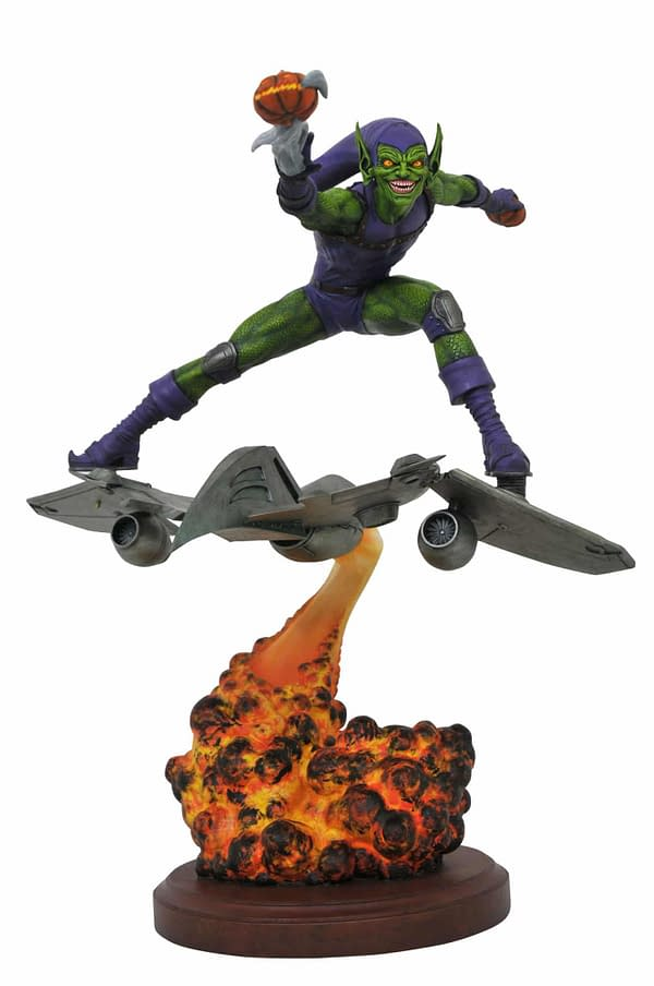 Diamond Select Toys Marvel Green Goblin Statue