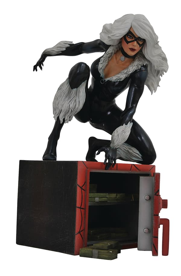 Black Cat Gallery Statue Diamond Select Toys