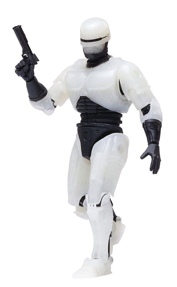 Hiya Toys Halloweenfest RoboCop Glow
