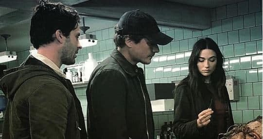 Swamp Thing: Director Len Wiseman Posts Abby, Holland Pic; BTS Video