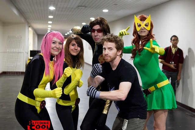 Cosplaying With Seth Green – Chris Troy's NYCC