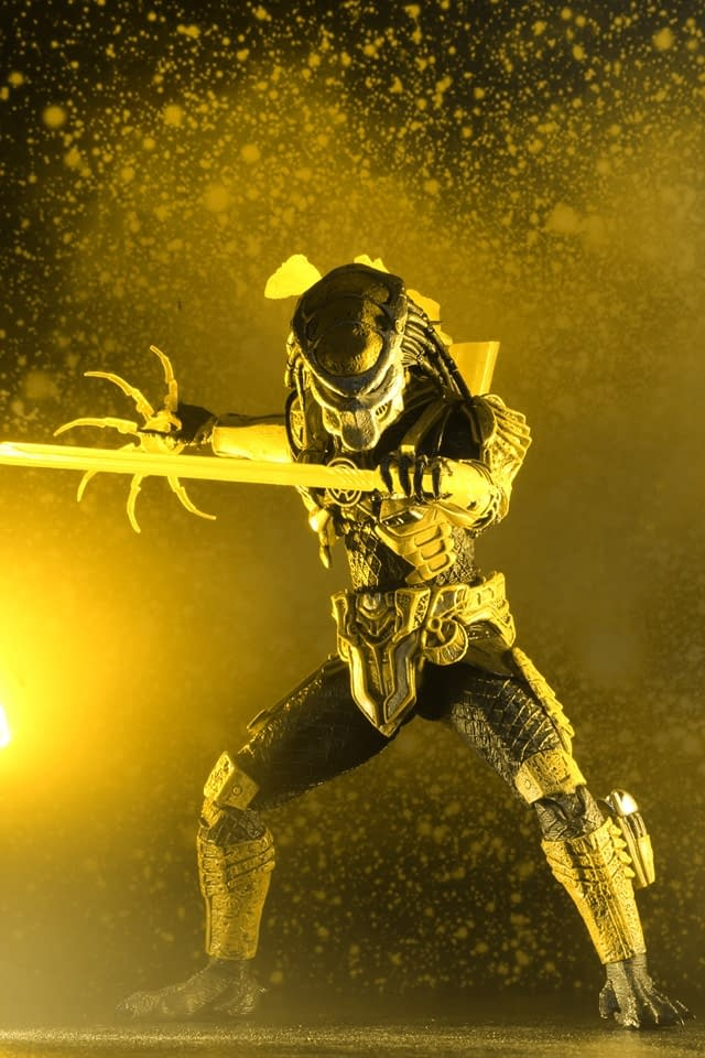 The Predator is a Yellow Lantern in the NYCC Exclusive from NECA