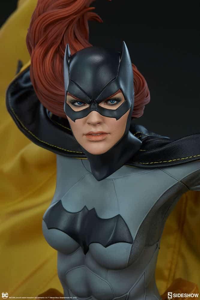 Sideshow Collectibles Batgirl Premium Format 4