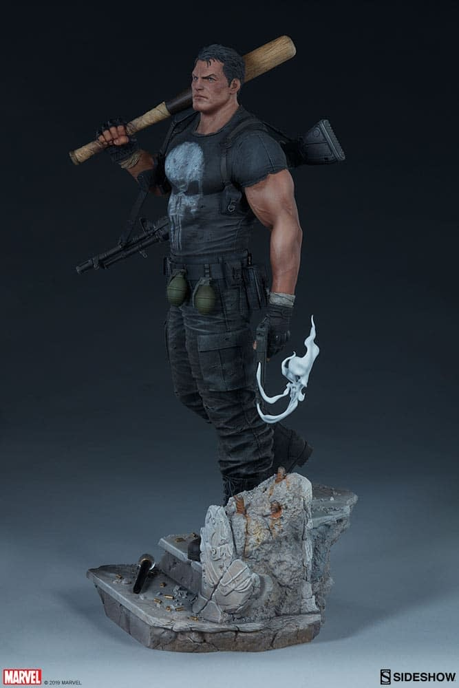 Sideshow Collectibles Punisher Premium Format Figure 16