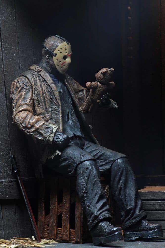 NECA Reveals New 'Freddy Vs Jason' Ultimate Jason Figure