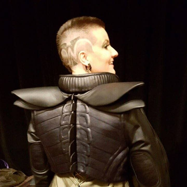 Model and designer Hannah Lees Kent shows off her Runway Ripley Aliens 3 inspired look. I still have dreams about this jacket.