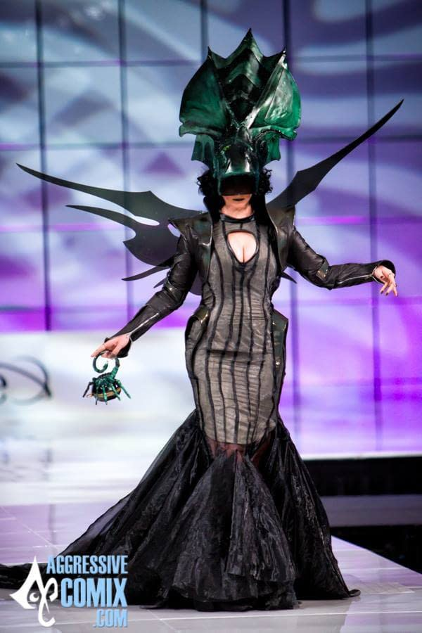 Model Tally Smith walks the Her Universe runway in designer Jessie Thaxton's Alien Queen creation. (photo from Aggressive Comix)