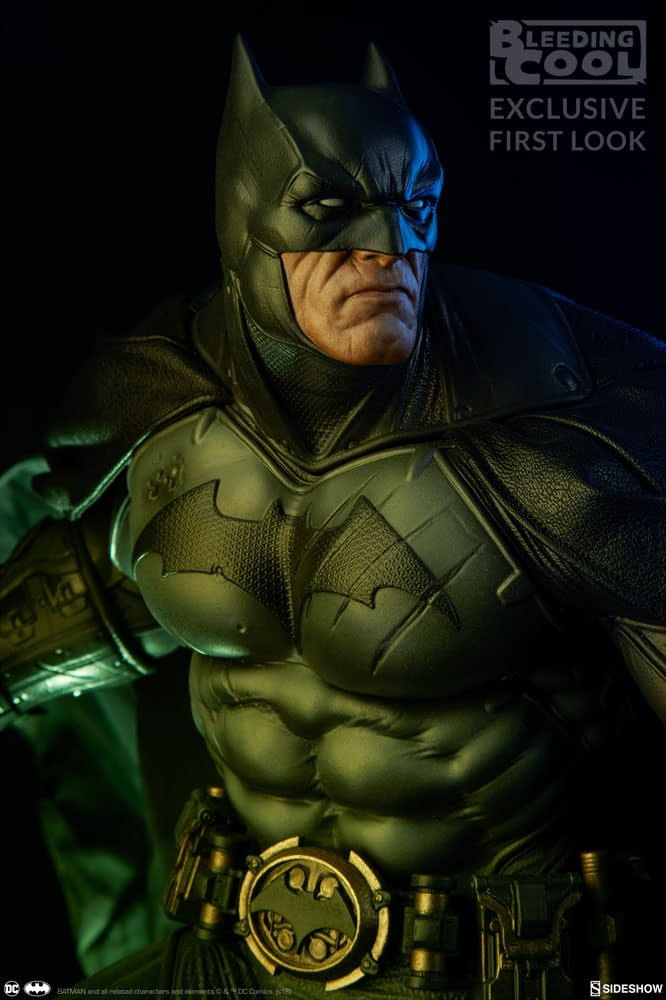 Sideshow Collectibles Premium Format Figure Reveal 3