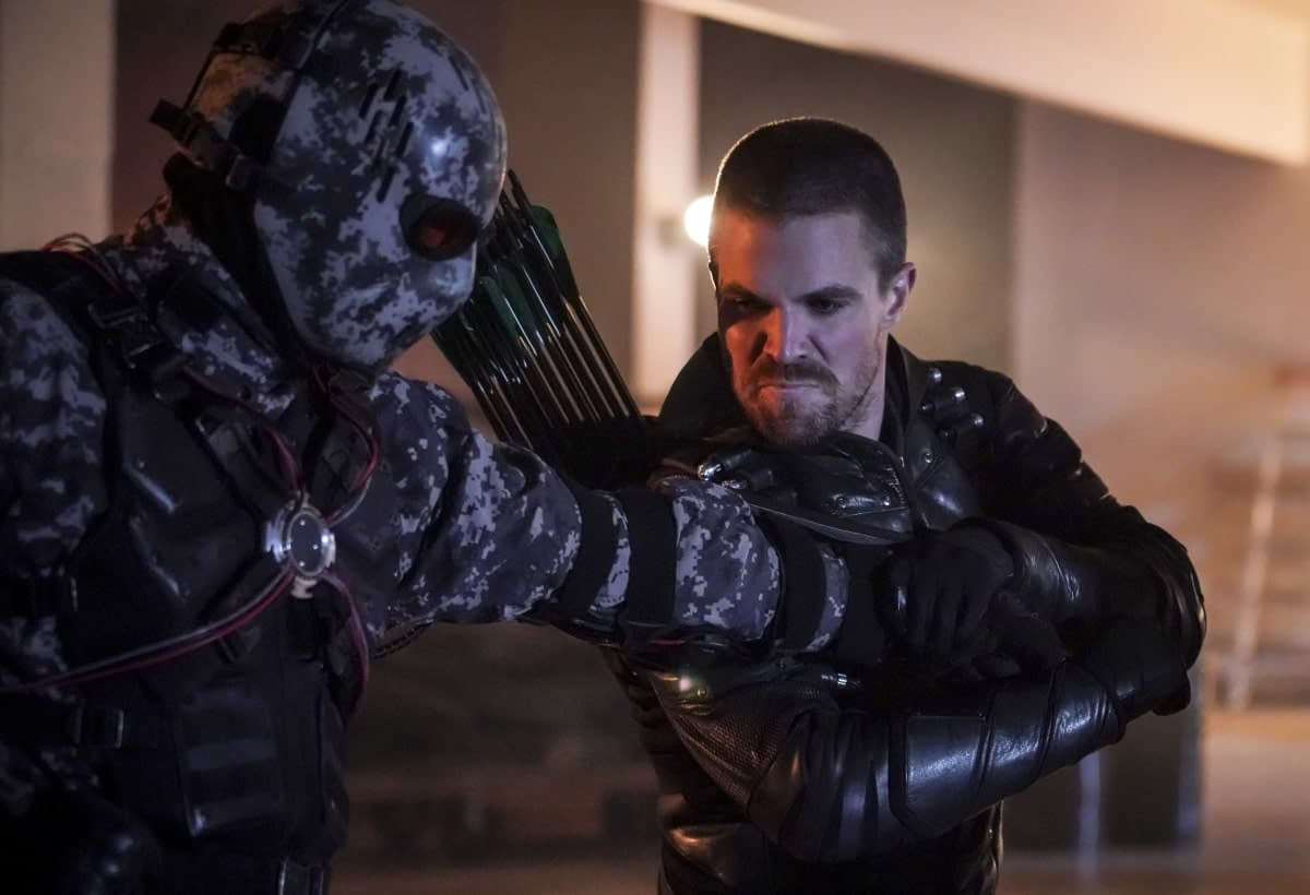 "'Arrow' Milestone ""Emerald Archer"" Bridges Past, Present and Future [SPOILER REVIEW]"