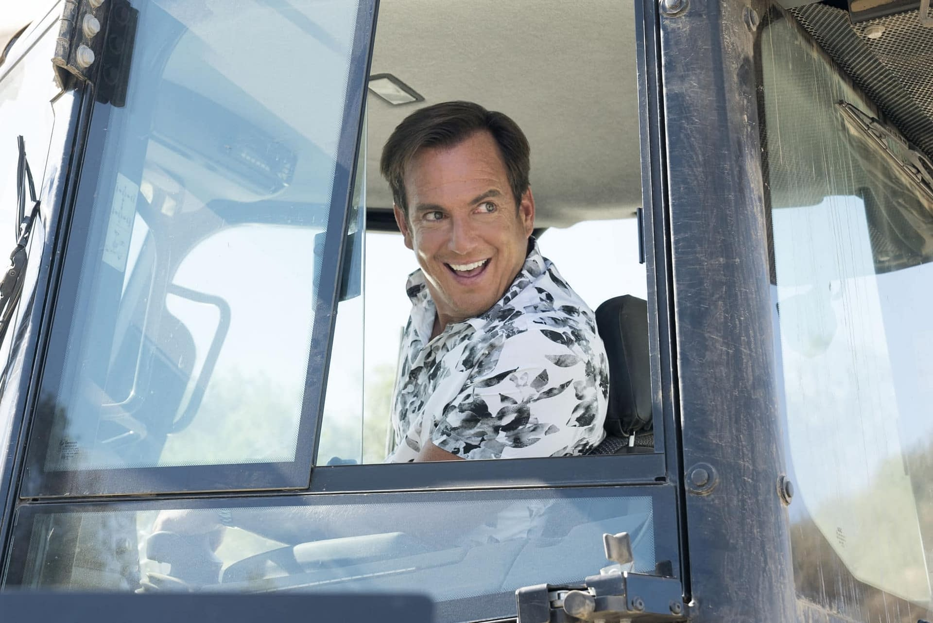 """'Arrested Development' Season 5b: It's a Bluth Family """"Whodunit?"""" [PREVIEW]"""