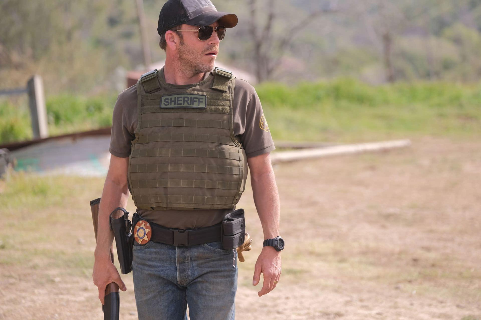 FOX Greenlights Tom Payne's 'Prodigal Son,' Stephen Dorff's 'Deputy,' AI Drama 'neXt' and More