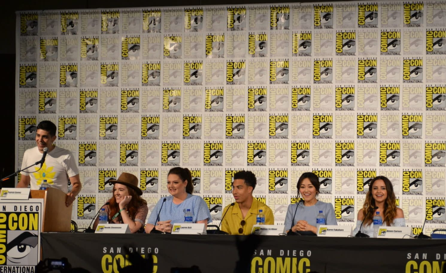"""She-Ra and the Princesses of Power"" Comic-Con Panel - Love, Swords, and Spoilers"