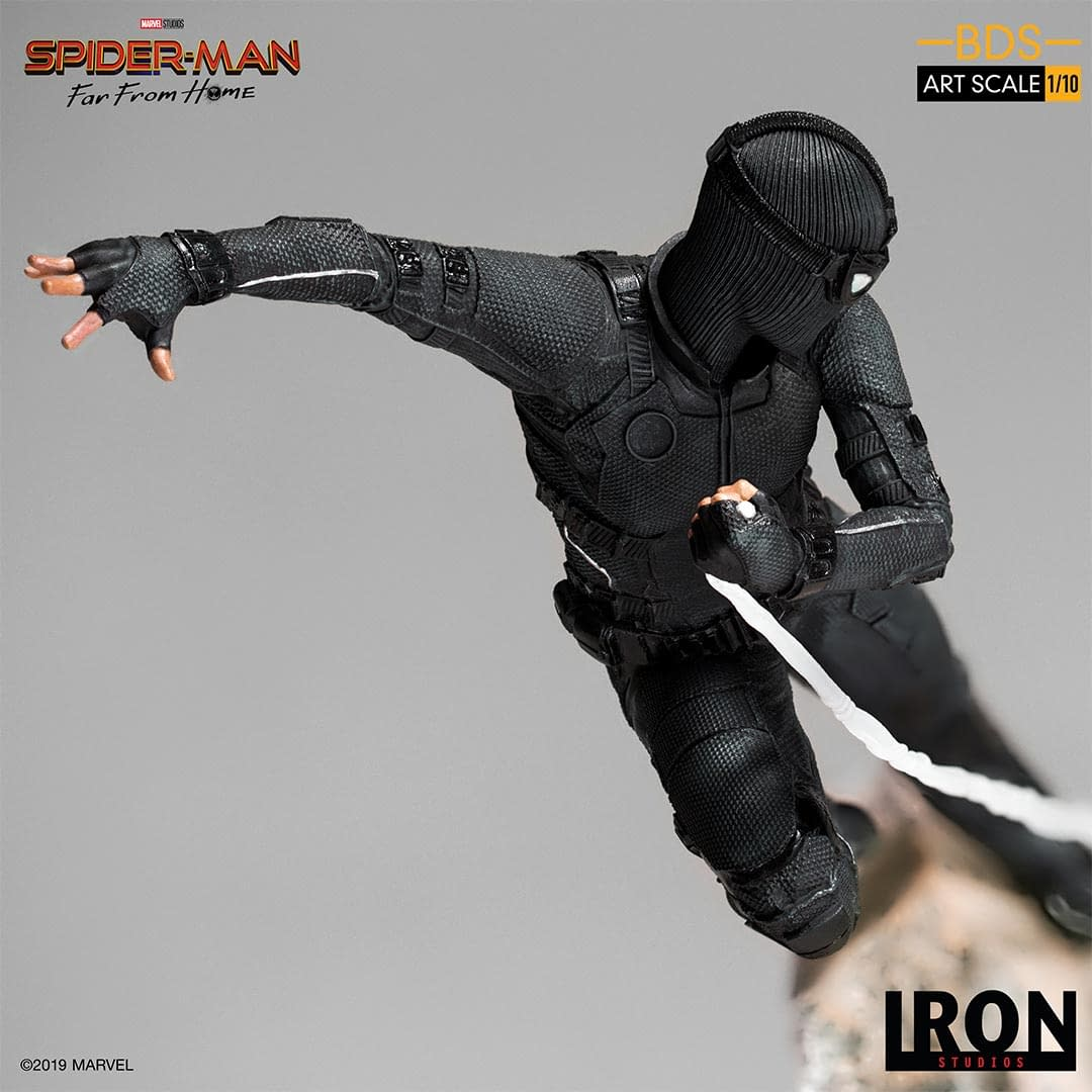 Night Monkey to the Rescue in New Iron Studios Statue