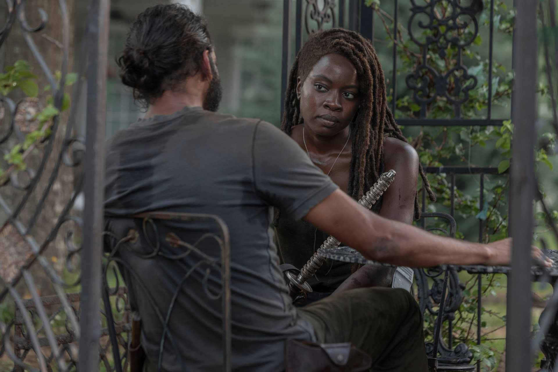 """The Walking Dead"" Season 10 ""Ghosts"": Carol Takes Aim in Pulse-Pounding ""Post-Zombie Apocalypse Political Thriller"" [SPOILER REVIEW]"