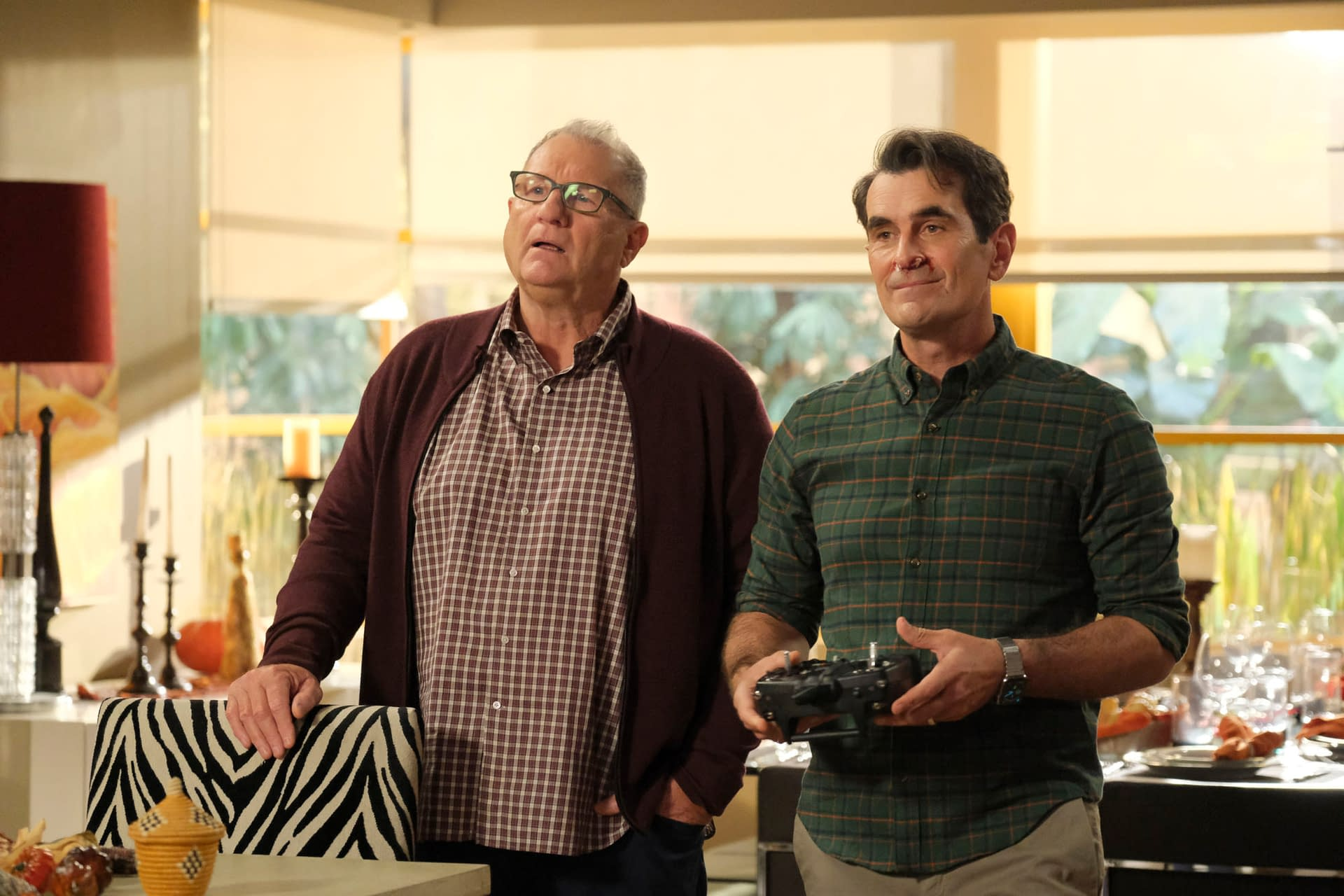 """Modern Family"" Season 11: Will ""The Last Thanksgiving"" Be Phil's Final Shot at Holiday Redemption? [PREVIEW]"