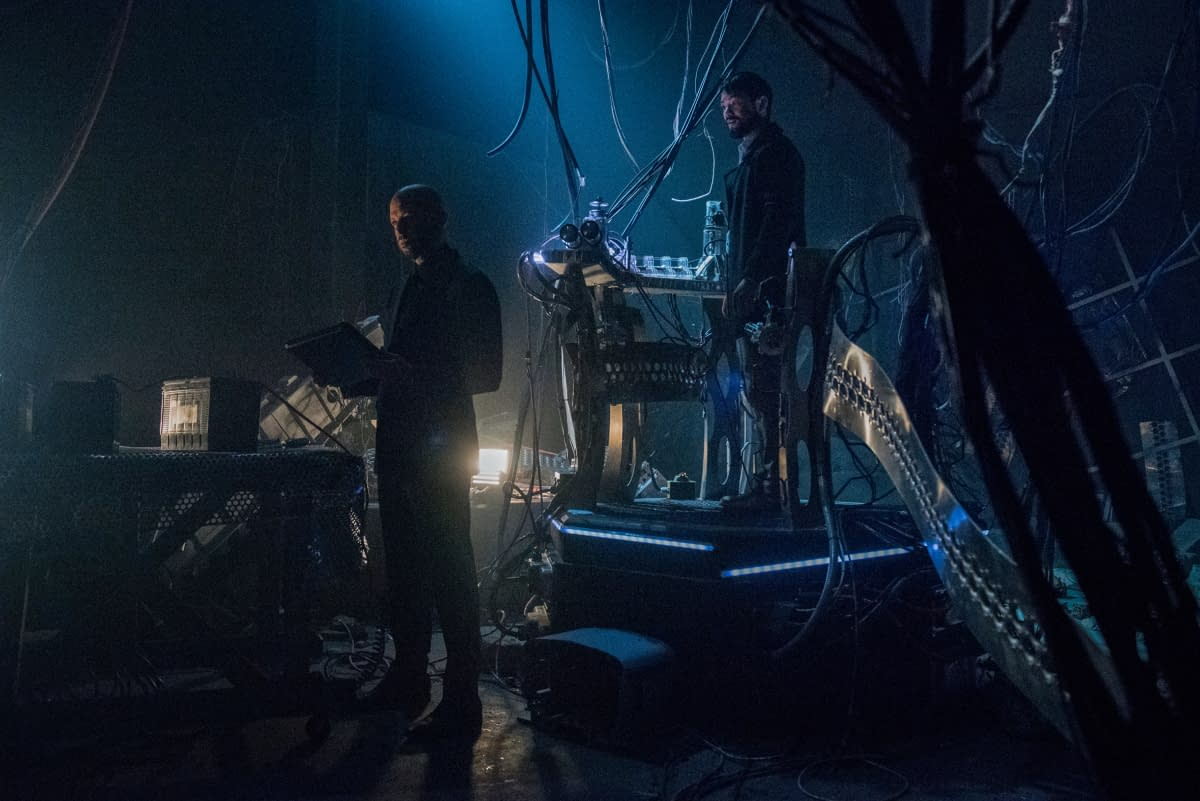 """""""Crisis"""" Management: CW Releases """"Arrow"""" Preview Images, Chapter Overview"""