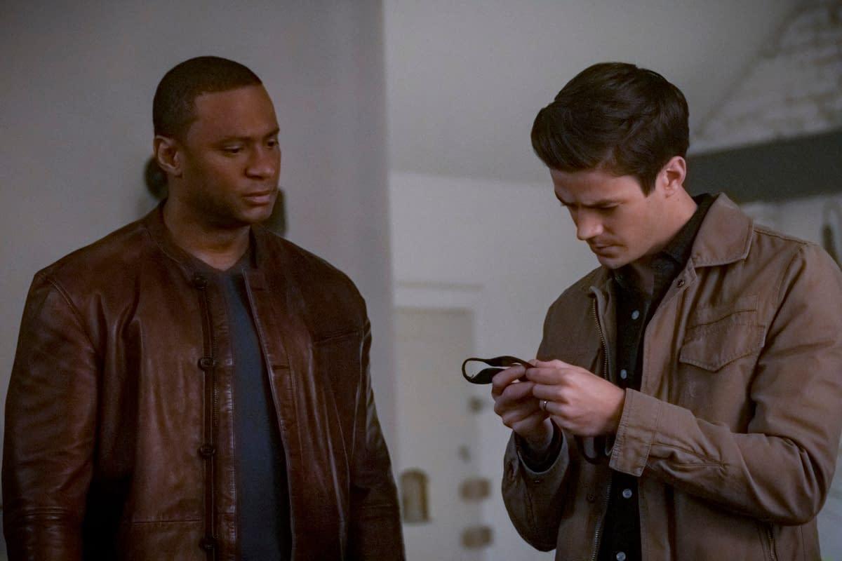 """The Flash"" Showrunner Eric Wallace On Barry's Season 6 Post-""Crisis"" World, Iris' New Journey & … ""Twin Peaks""?"