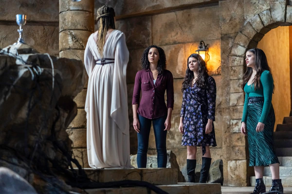 """""""Charmed"""" Season 2 """"Breaking the Cycle"""": The Power of Three… Gone? [PREVIEW]"""