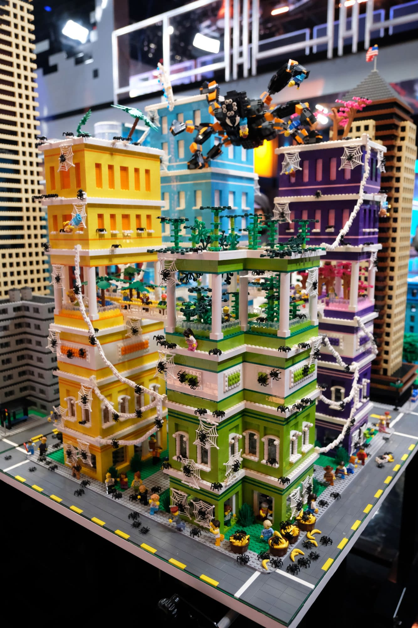 """""""LEGO Masters"""" Season 1 """"Mega City Block"""": It's All About World-Building This Week [PREVIEW]"""