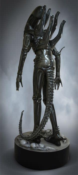 HCG-Life-Size-Big-Chap-Alien-003