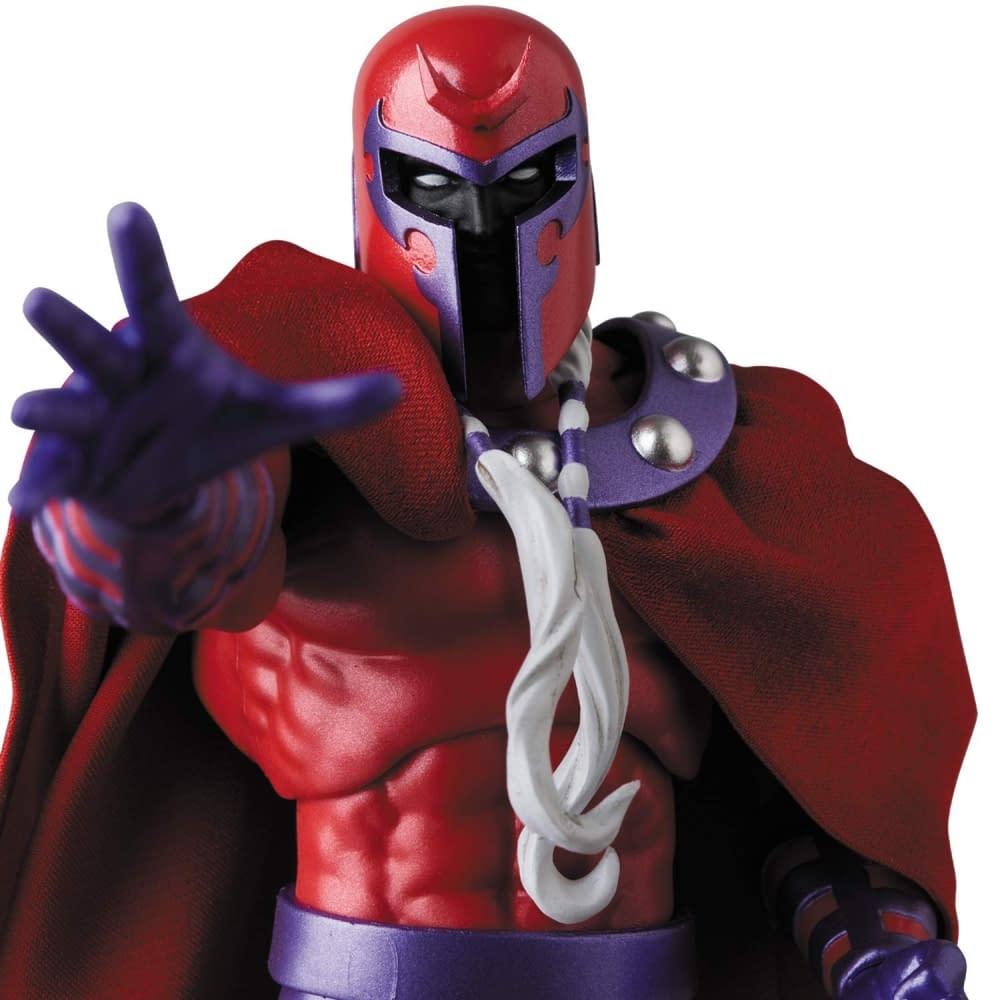 Magneto MAFEX Figure from Medicom