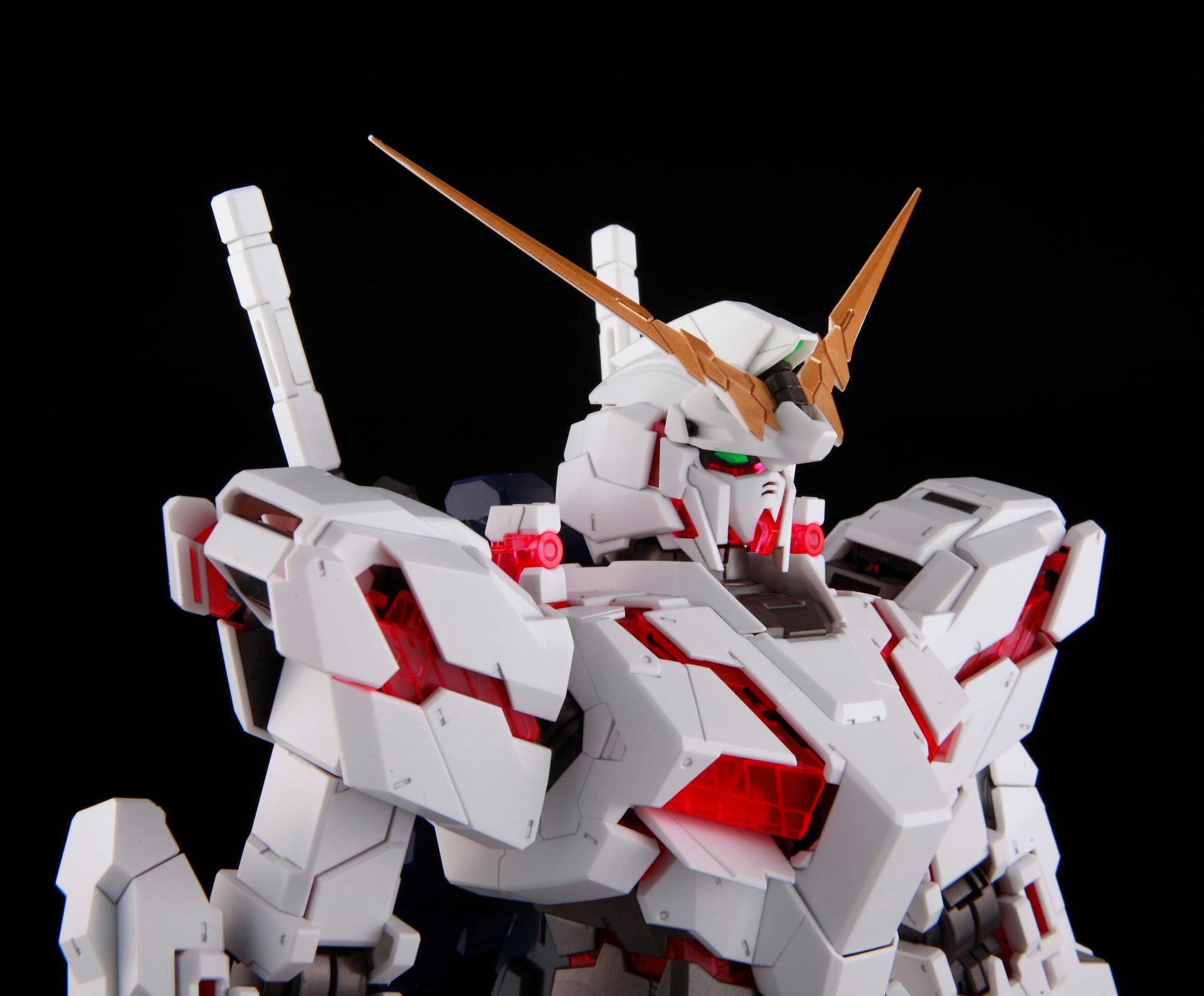 PG_160_RX-0_Unicorn_Gundam