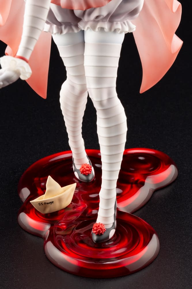 Female Pennywise Bishoujo Statue from Kotobukiya