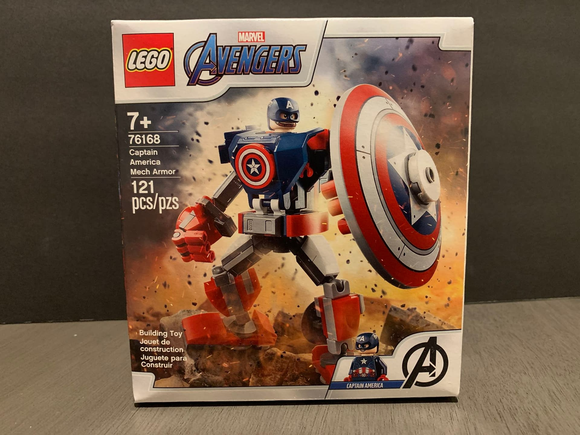 Let's Take A Look At The LEGO Captain America Mech Armor Set