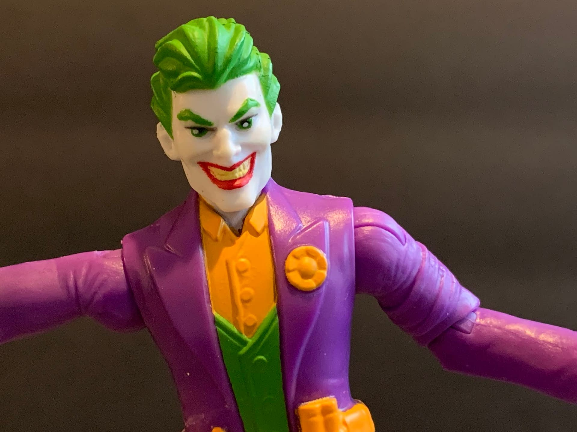 Let's Take A Look At Spin Master's New DC Comics Joker Figures