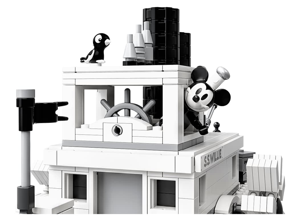 LEGO Ideas Steamboat Willie Mickey and Minnie Mouse Set 6