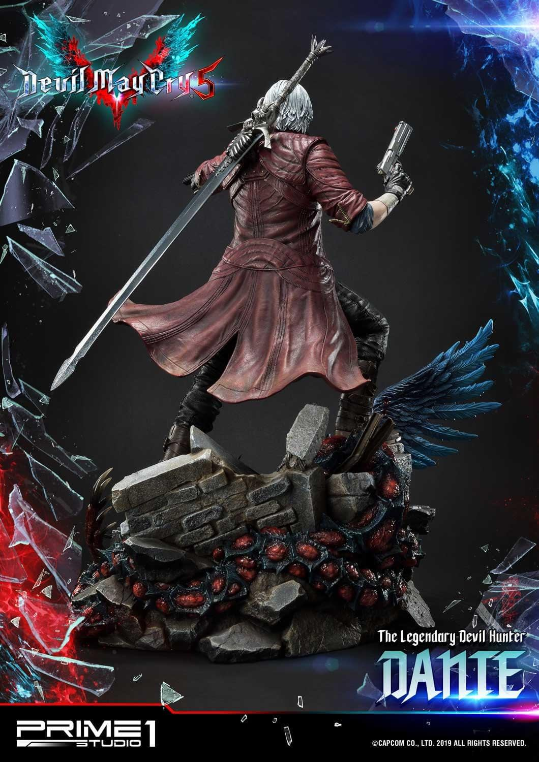 """Dante Is Ready to Take on Hell with New """"Devil May Cry"""" Statue"""