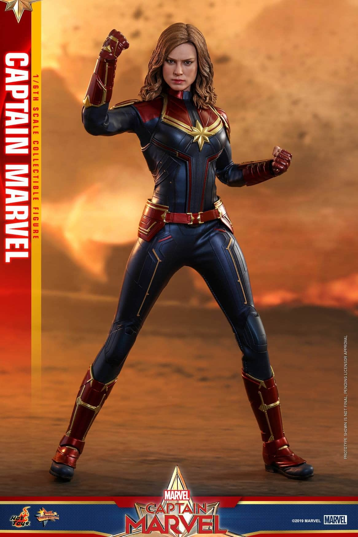 Hot Toys Captain Marvel 2