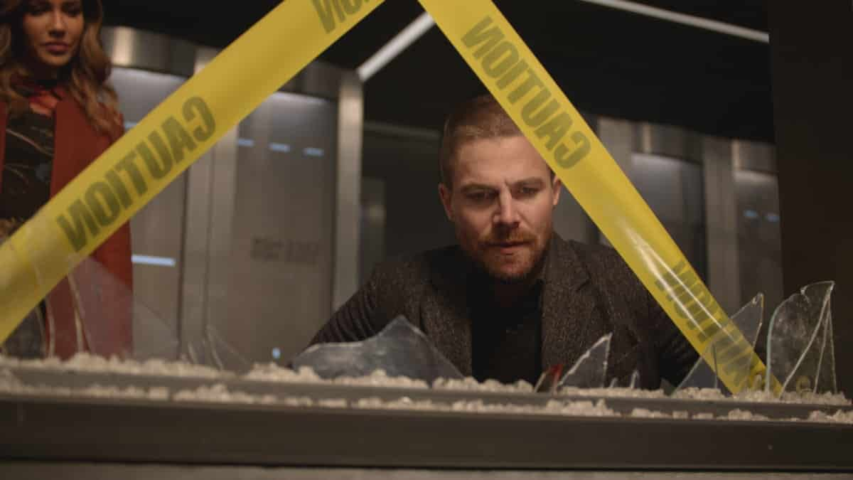 arrow s1 e10 preview