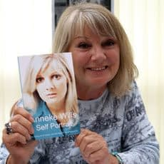 Anneke Wills, Polly From Doctor Who, Fires Her Publisher On Stage