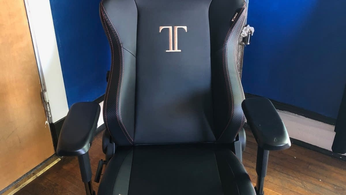 Review: Secretlab's Titan 2020 Series Gaming Chair