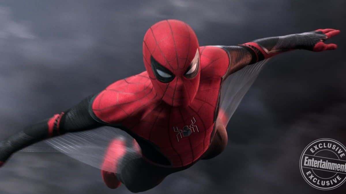 """Spider-Man"": Deadpool Ryan Reynolds Reacts to Disney-Sony Fallout"