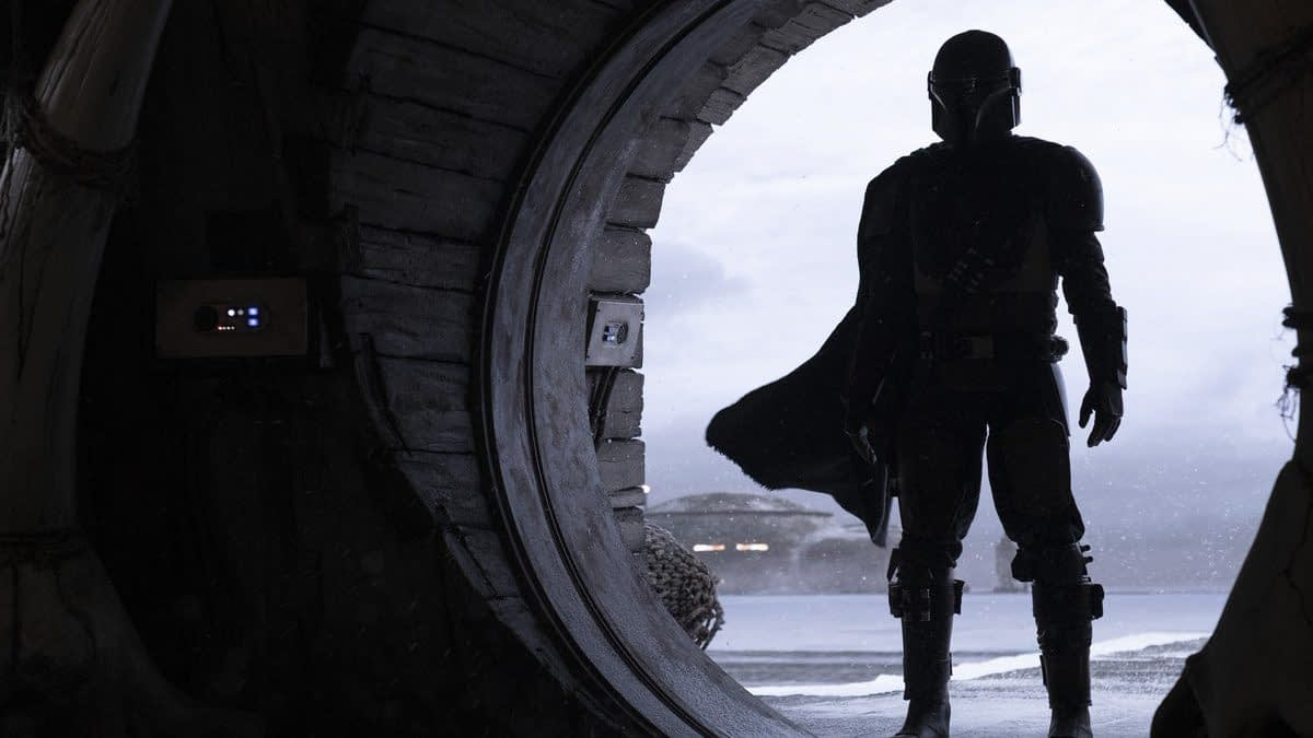 """The Mandalorian"": Jon Favreau Talks ""Star Wars"" Prequels Influence, Disney+ Difference & More"