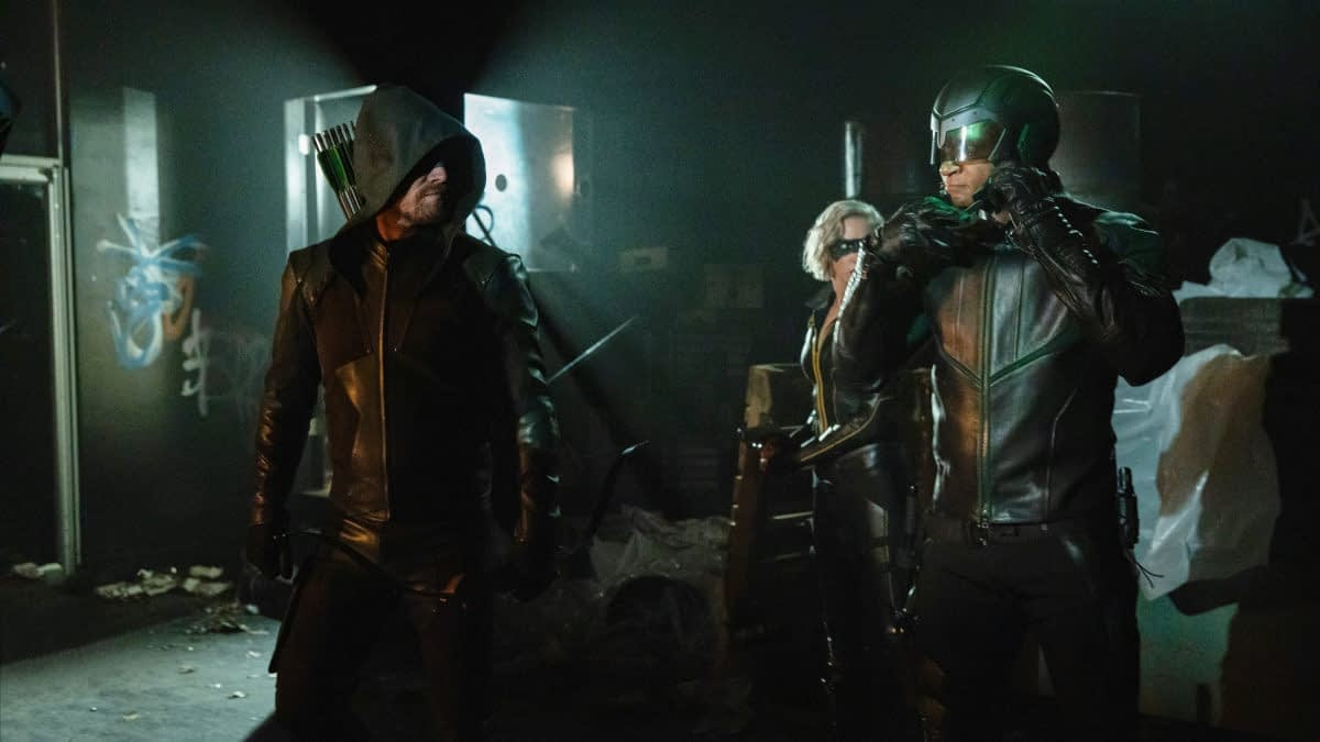 """Arrow"" Season 8: Stephen Amell Reveals ""Crisis"" Script Covers Because No One Tells Stephen Amell What To Do [PREVIEW]"