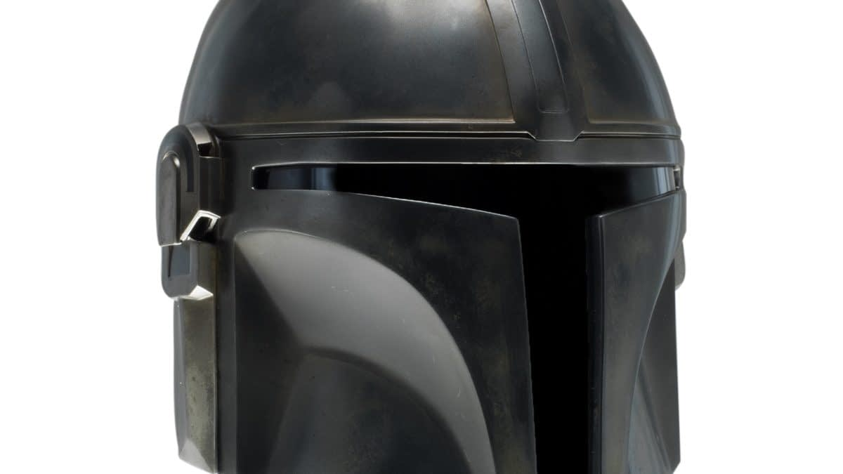 """Replica Helmet Of """"The Mandalorian"""" Coming From EFX Collectibles"""