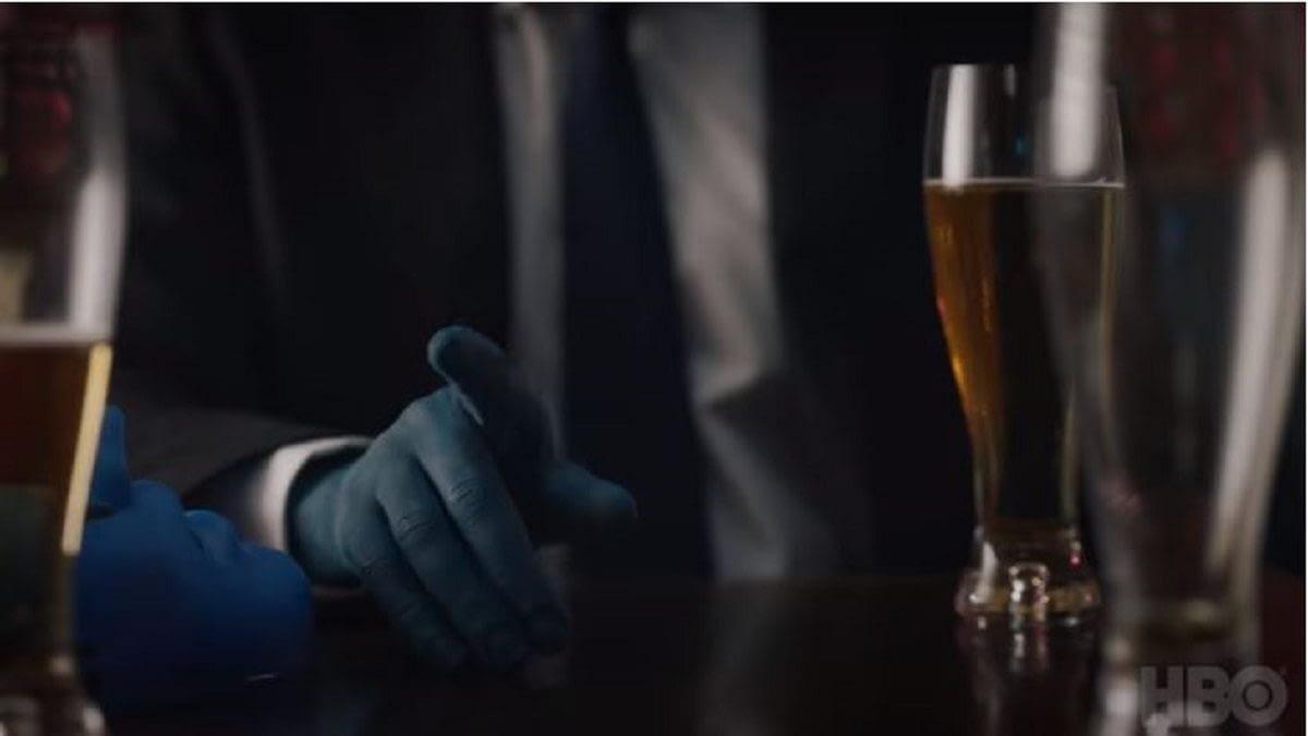 """Watchmen"": Sister Night Digs Deeper, ""The Lord"" Sounds A Bit ""Ozy"" & Dr. Manhattan Fancies a Pint [TRAILER]"