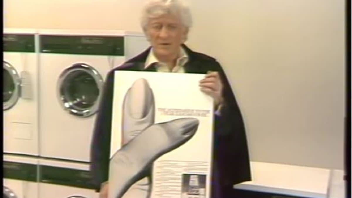 """""""Doctor Who"""": Jon Pertwee NSFW Video Further Proof Why """"Female Doctors Only"""" From Now On [OPINION]"""