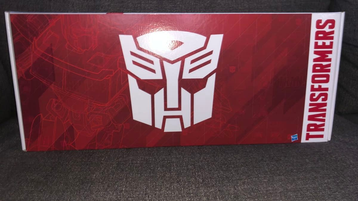 Transfromers 35th Anniversary Is Here Thanks to Hasbro [Unboxing]