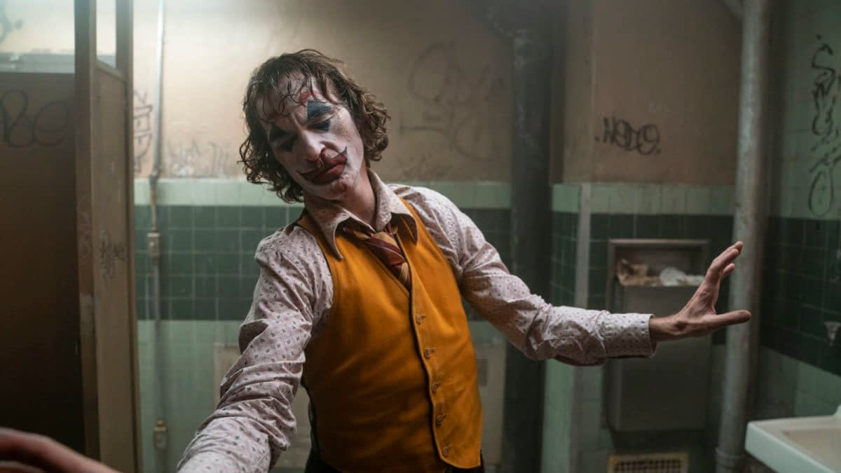 "**UPDATED** ""Joker"": Todd Phillips in Talks for Sequel, Expand Into DC Origins Stories"