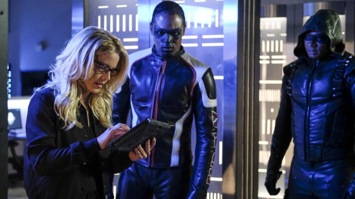 Arrow Season 6: Alena From Helix Returns, And She Needs Felicity