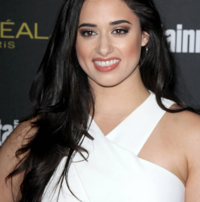 Roswell: Grey's Anatomy's Jeanine Mason to Lead CW Reboot Pilot
